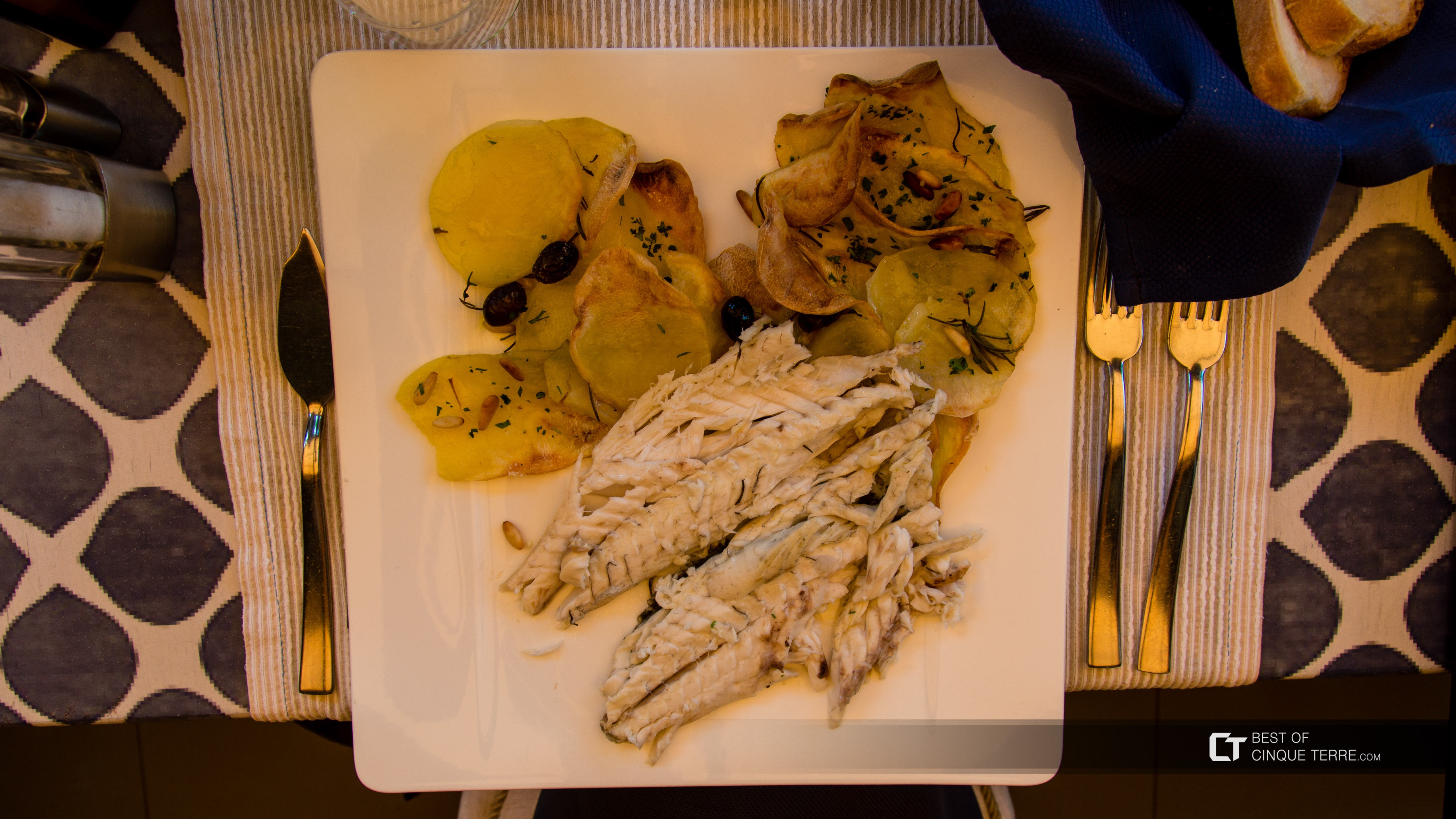 Fresh fish of the day (restaurant Miky, Monterosso al Mare), Local food, Cinque Terre, Italy