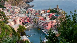 View of the bay from the Blue Trail, Vernazza, Cinque Terre, Italy