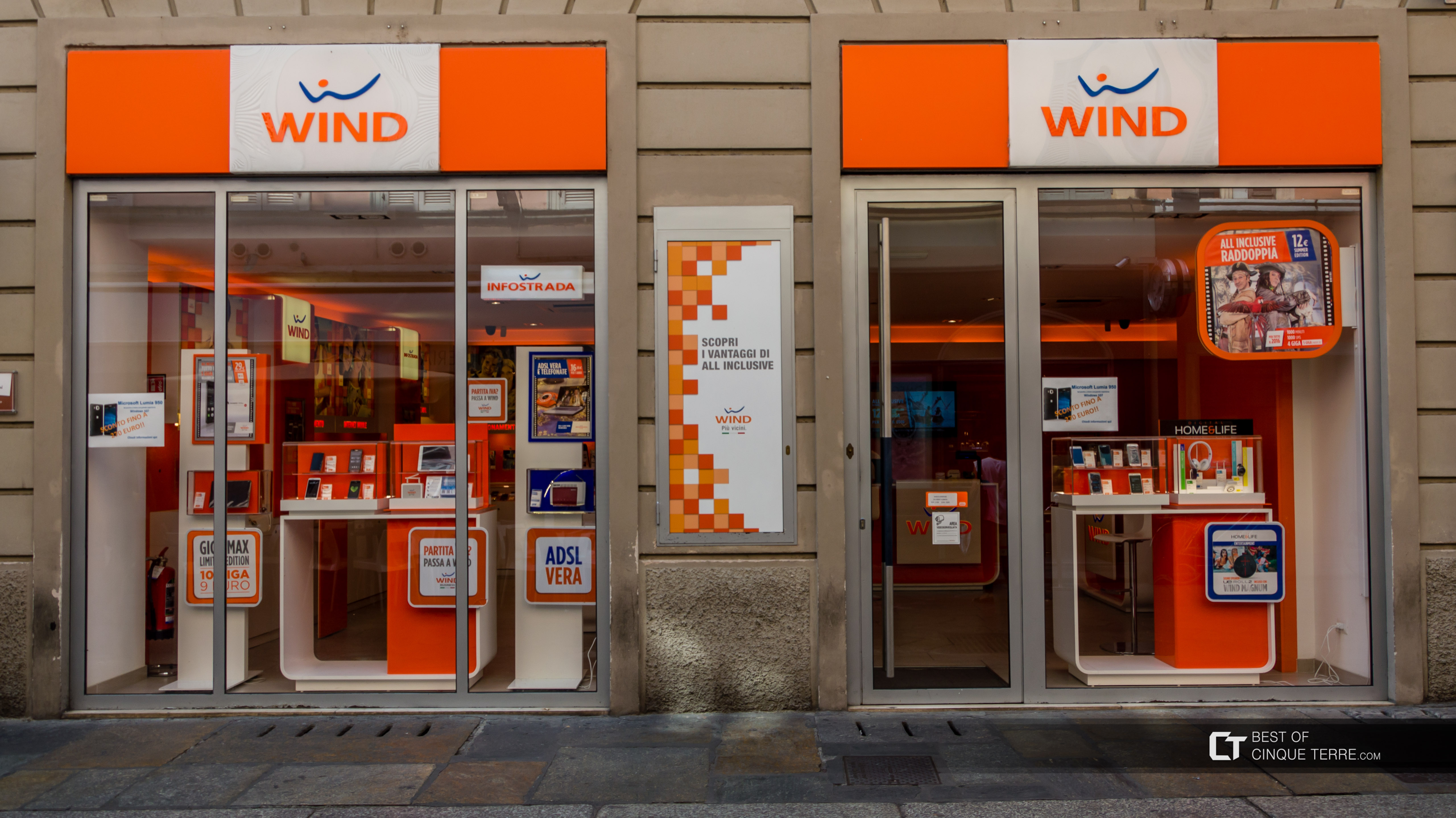 Wind, mobile operator store, Italy